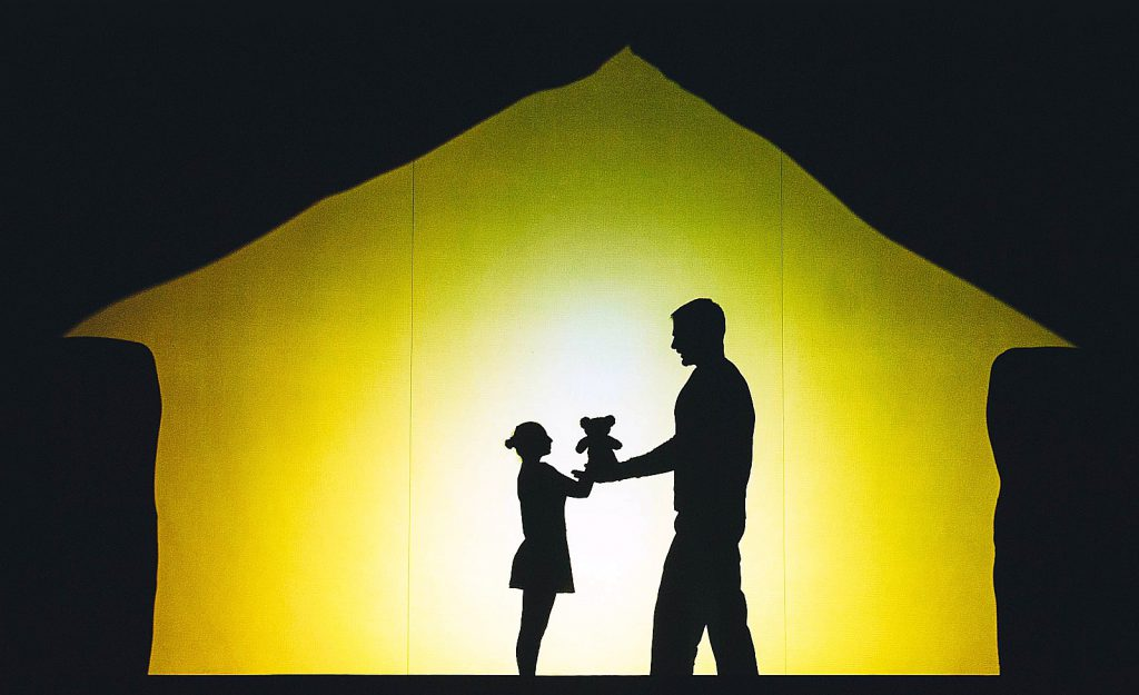 VERBA Shadow Theatre - Haus