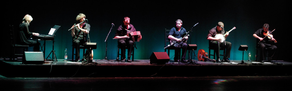 The Mystical Music and Dance of Ireland 7 © Ceol Chiarraí